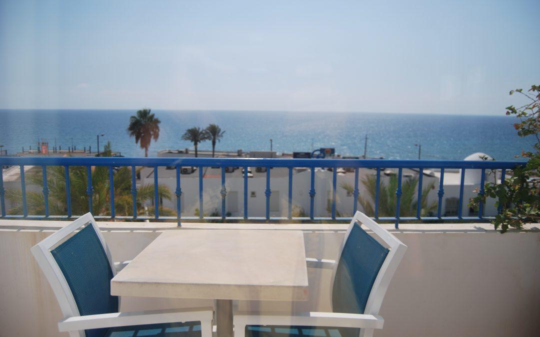 H. Punta del cantal – Habitación superior con terraza vista al mar media pensión no reembolsable